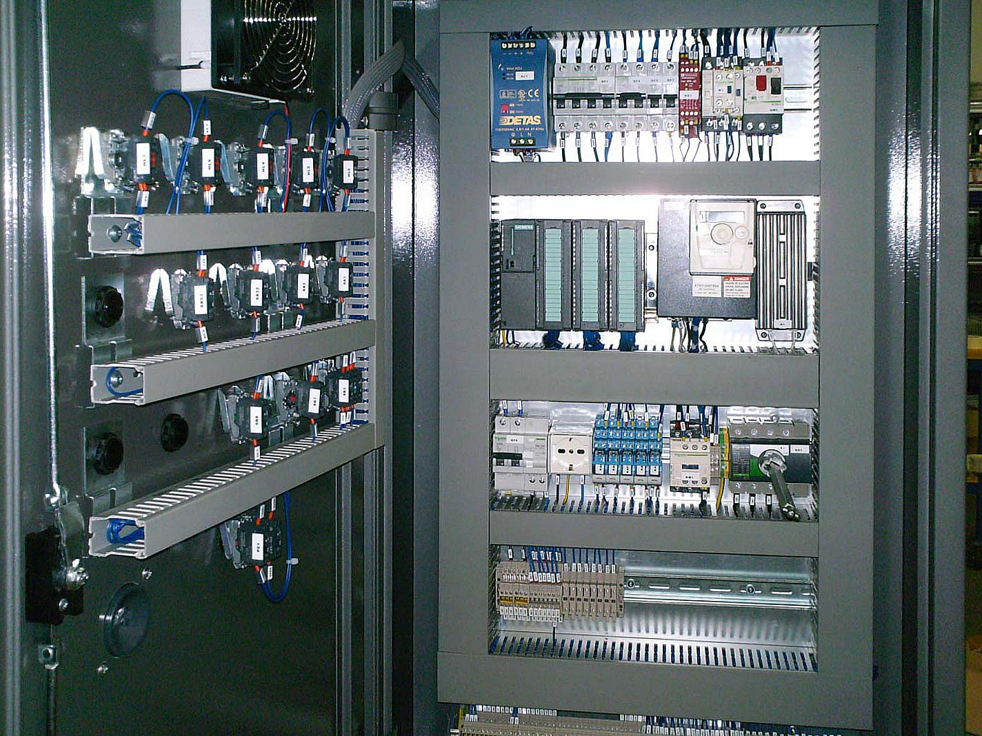 Elektrik Horse Electrical Panels Panel Thanks To A Close Cooperation Between Our Experts And Customers We Have Decided Offer Systems For The Productions Of Boards Both Modular